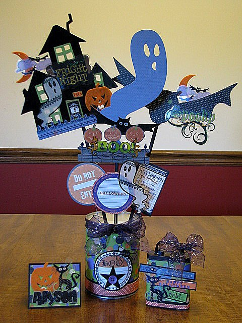 Carrie Waltz_Boo-ville Centerpieces, Cards & Gifts