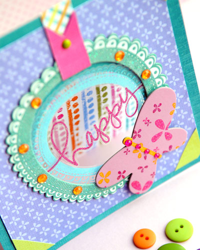 Vickis-HS-card-close-up-2
