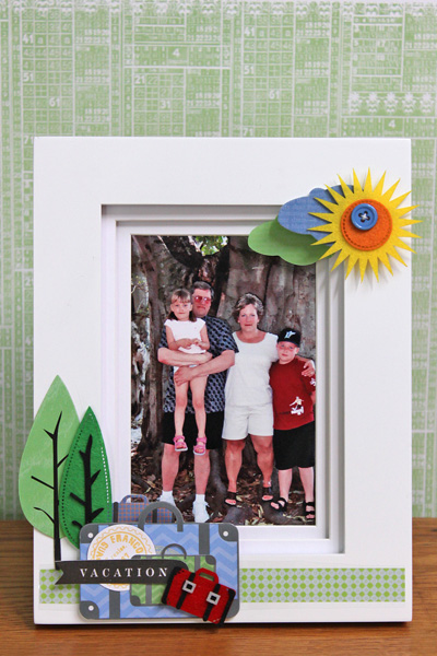 LYB Escape Picture Frame