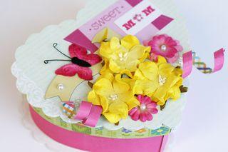 Petaloo gift box 3